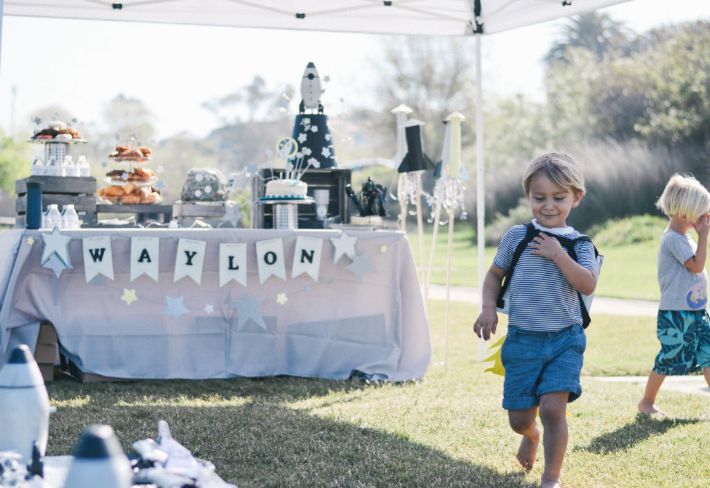 A Space Themed Party: Waylon's 4th Birthday