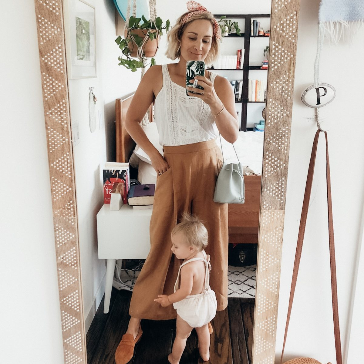 Legit Mom Try On: Summer-Fall Favs + How to Wear Wide Leg Pants and Levi's Ribcage Jeans