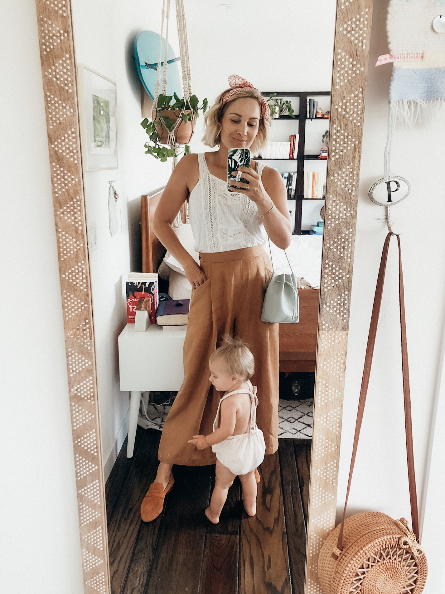 Legit Mom Try On: How to Wear Wide Leg Pants + Levi's Ribcage Jeans