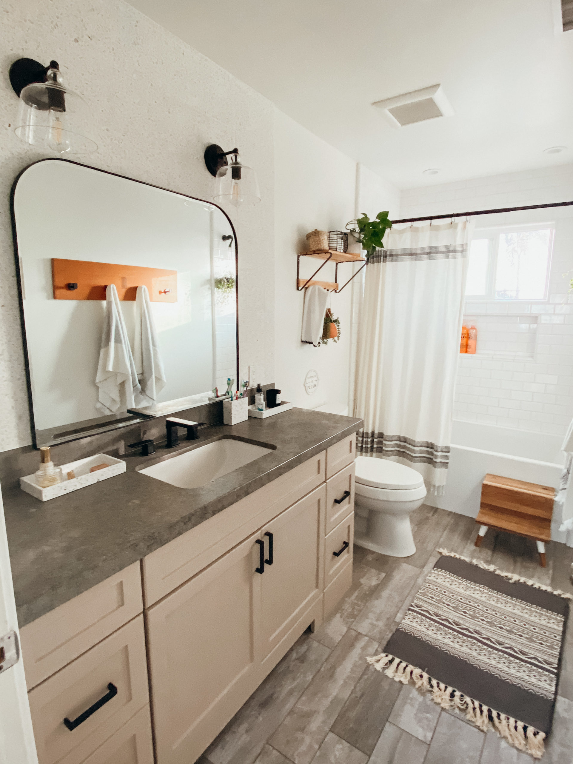 Quarantine Bathroom Makeover
